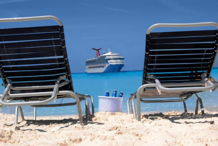 Carnival cruise deals from Charleston to Bahamas discounted 5 night cruise