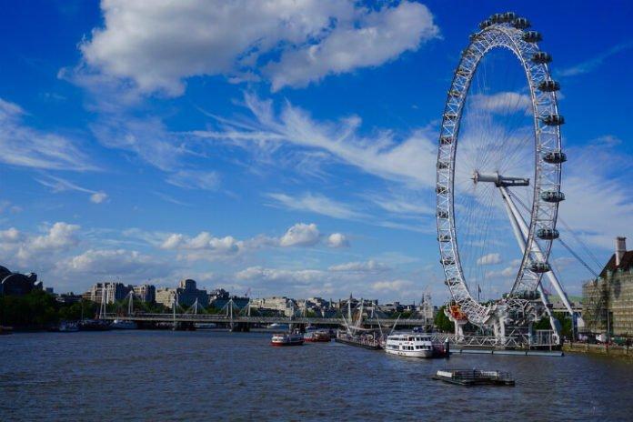 Kids stay & eat free at Hilton & Doubletree in London England trip savings