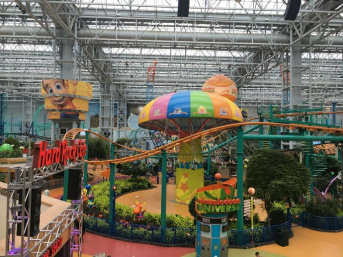 Radisson Blu Mall Of America Hotel discounts Minneapolis vacation deal