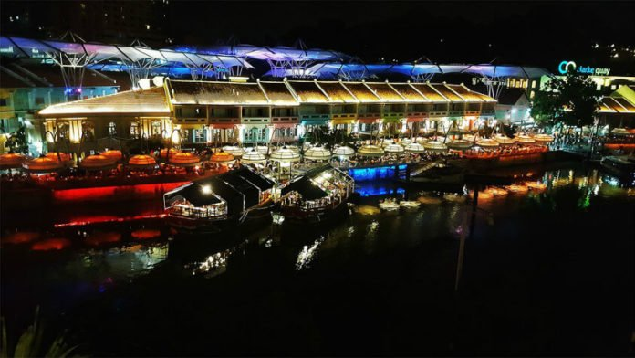 Singapore vacation deal Naumi Hotel stay dining attractions