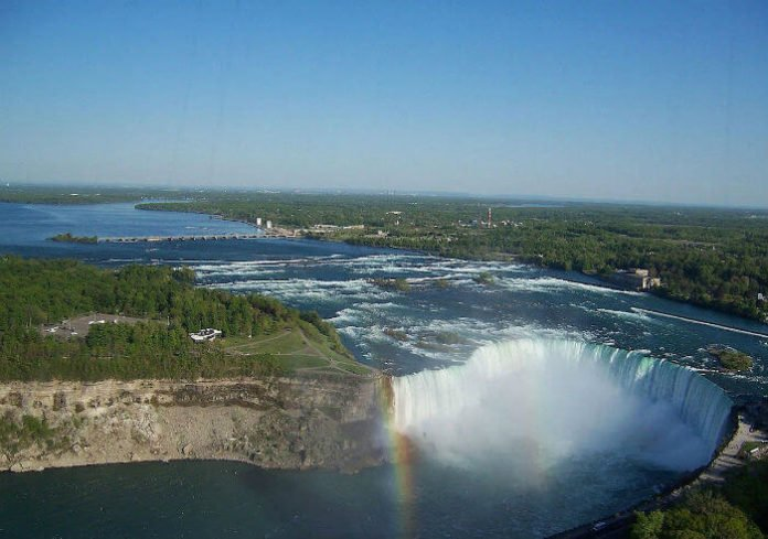 Discounted rate for helicopter ride over Niagara Falls trip savings