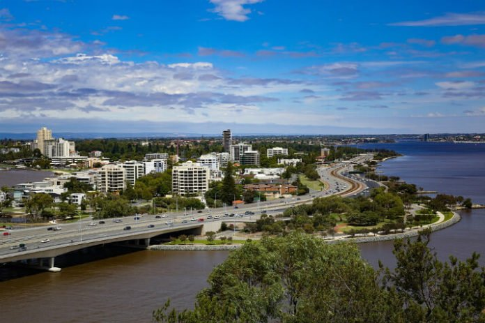Hop-on Hop-off Perth & Kings Park Tour Discounts Perth Trip Savings