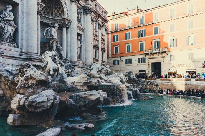 Rome Italy trip savings see Parthenon Trevvi Fountain