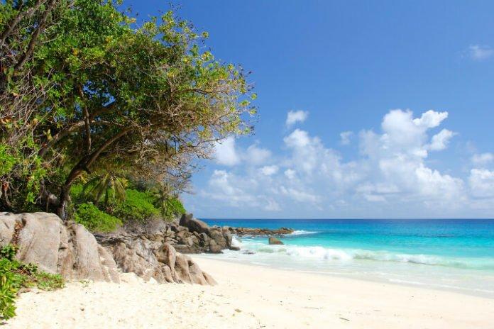 Cerf Island Resort discount Indian Ocean Seychelles getaway deal