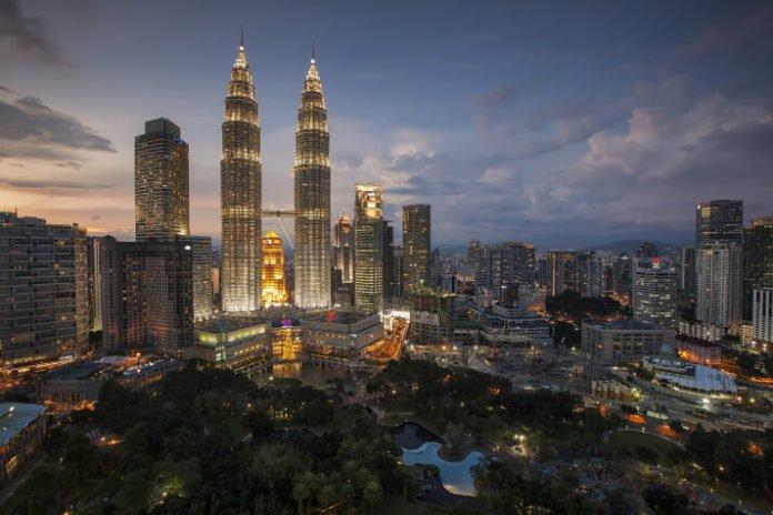 Sunway Resort hotel discount Malaysia trip savings Sunway Lagoon