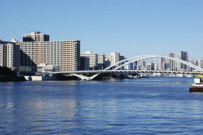 Tokyo walking tour savings Japan vacation deal