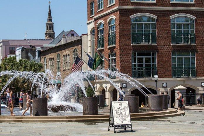 Charleston SC hotel deals oliday Inn, Ansonborough, Courtyard, Wyndham Garden, Palmers, Homewood Suites,