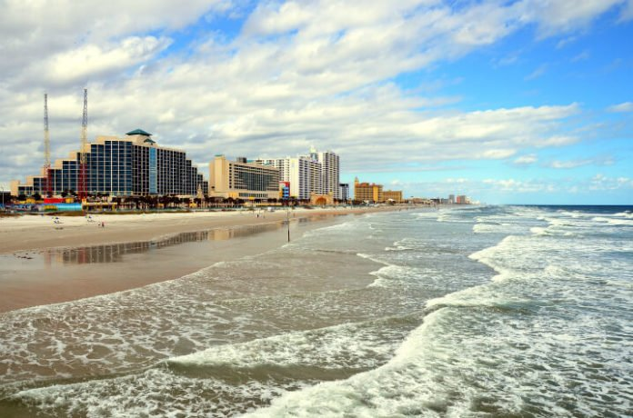 Daytona Beach hotel deals Cove On Ormond Beach, Ocean Breeze, Beach Quarters, Symphony Beach Club