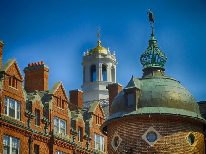 Doubletree Hilton Boston Cambridge hotel discounts package deals