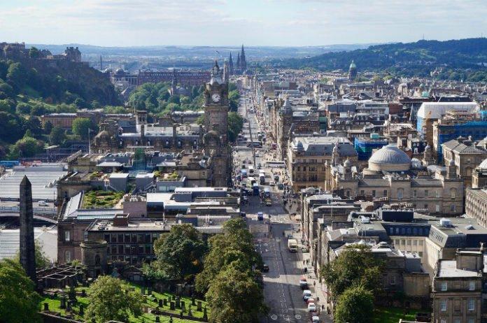 Edinburgh Scotland hotels 15% off Doubletree Hilton Garden Inn Hampton