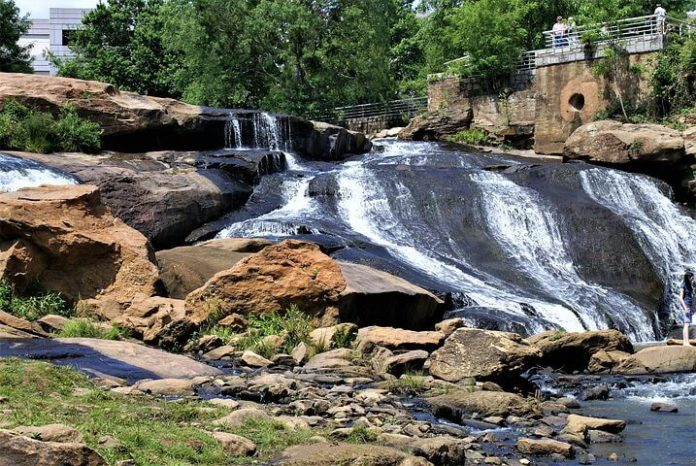 Save money on Greenville South Carolina Hilton hotels with discounted rate