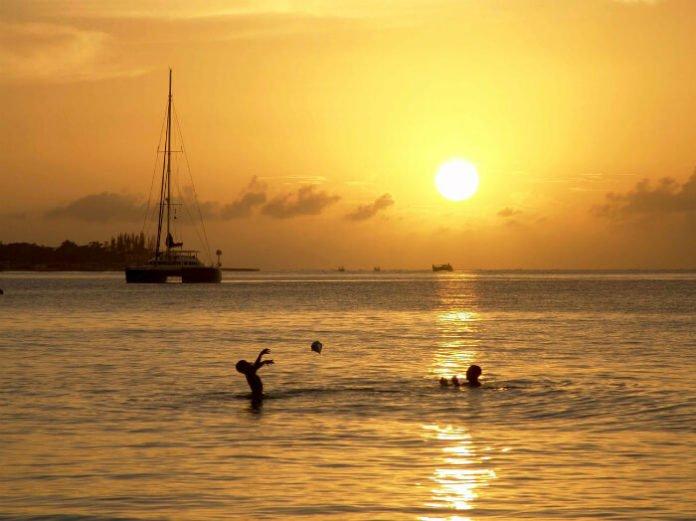 Mexico Jamaica Luxury Resort savings 55% off free kids teens resort credit