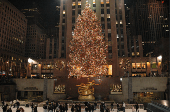 New York holiday lights tour save money see Rockefeller Christmas tree