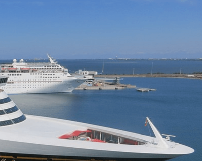 Comfort Inn & Suites Port Canaveral area park-and-cruise package roundtrip transfer to cruise free parking