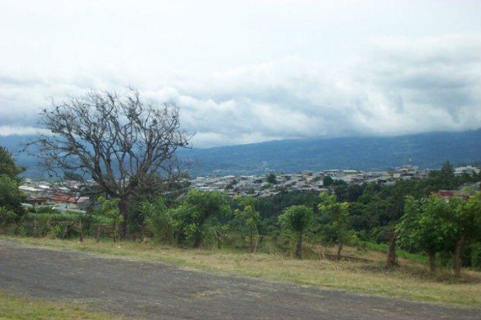 Half off Hotel Palma Real. Family vacation savings in San Jose Costa Rica.