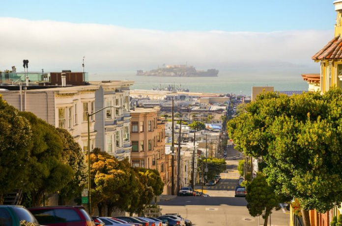 Save up to 60% on San Francisco hotels Hotel G, Hotel Zoe, Payne Mansion, Whitcomb, Serrano, Calista Organic