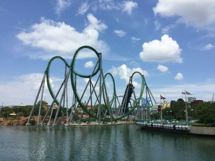 Get Sapphire Falls Universal Studios Orlando stay for discounted price early admission to Volcano Bay Harry Potter