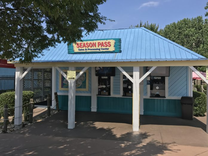 Wet N Wild Emerald Pointe Season Pass Savings Greensboro Water Park