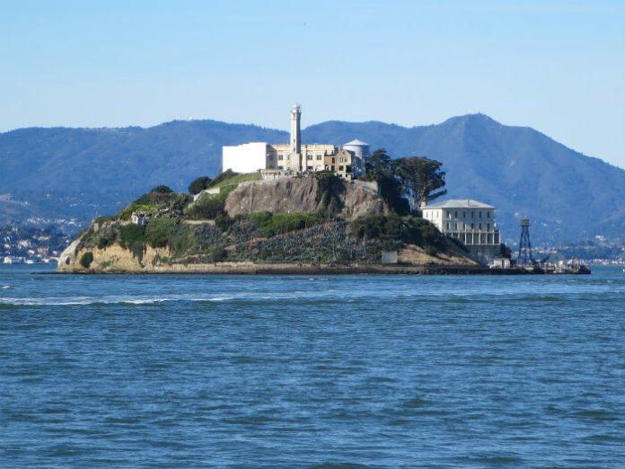 Alcatraz Big Bus Tour San Francisco guided walking tour package deal