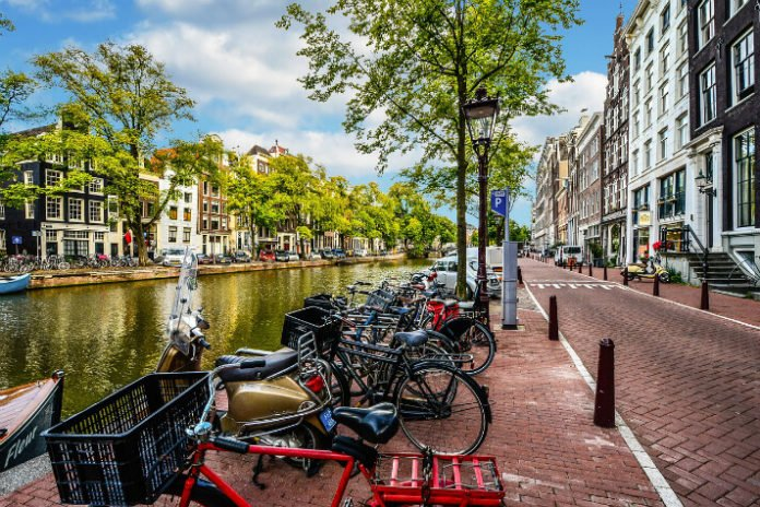 4 & 5 star hotels 20% off in Amsterdam Netherlands