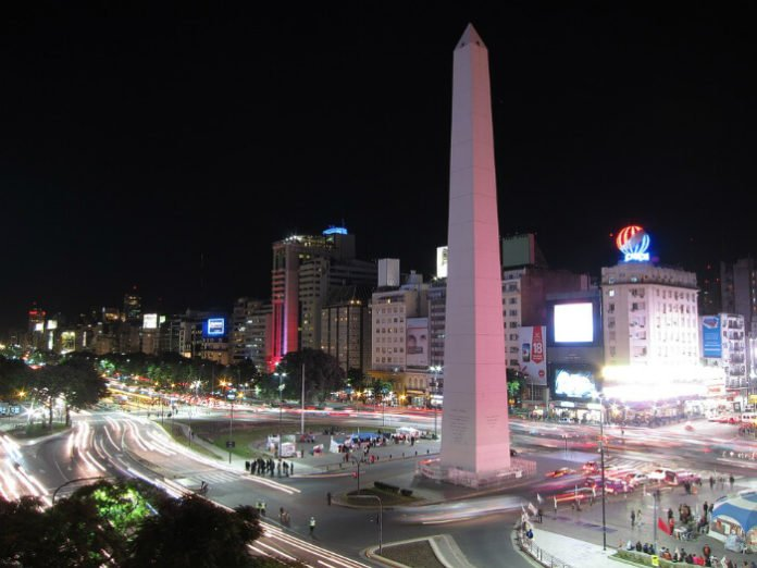 25 ways to save on Buenos Aires vacations
