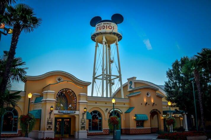 Get A Free Day At Disneyland Paris Green Vacation Deals