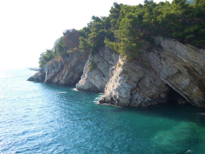 Free Mediterranean cruise ports of call Venice, Croatia, Montenegro & Corfu