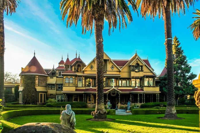 Winchester Mystery House La Quinta Inn San Jose Airport package deal savings