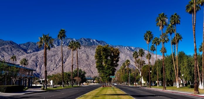 Save 30% on California hotels Palm Canyon Resort & Desert Isle of Palm Springs by Diamond Resorts, Embarc Palm Desert