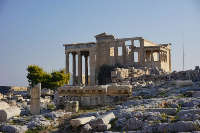Cheap roundtrip airfare from Boston to Athens