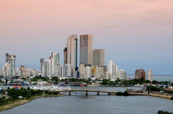 Panama Canal cruise deals departing Fort Lauderdale visit Cartagena Cristobal Grand Cayman Aruba