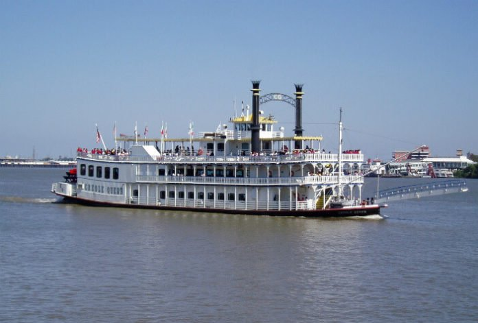 Save money on Chalmette Battlefield Cruise in Creole Queen in New Orleans