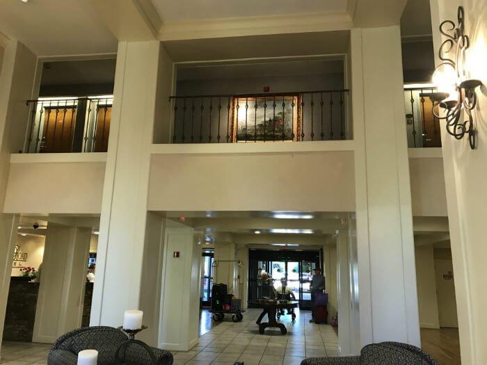 beautiful Tennessee hotel lobby