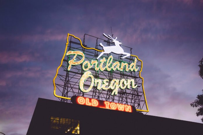 Portland Oregon hotel deals Heathman Hotel, Sentinel, Hotel Lucia, River's Edge Hotel & Spa, Hotel DeLuxe