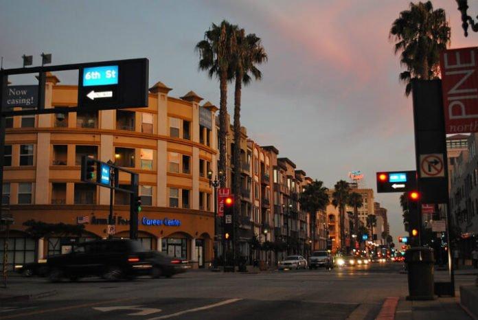 Save on 3&4 star hotels in Long Beach, Anaheim, Hollywood, Palm Spring, San Diego & San Francisco California