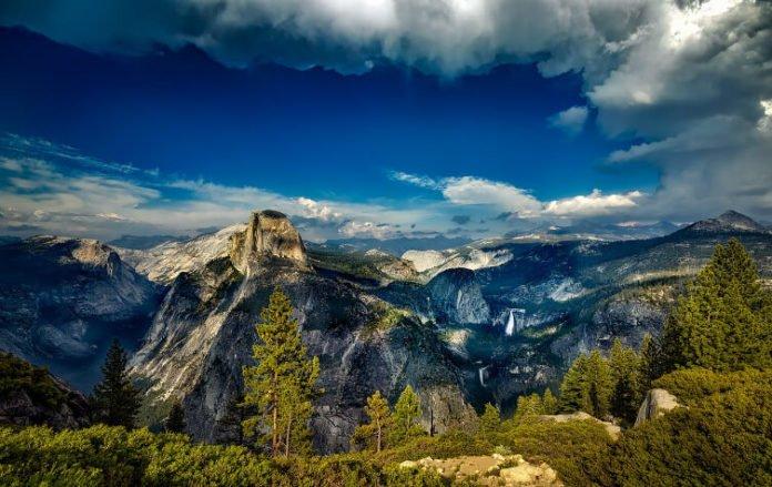 Discounted tour out of LA see Yosemite San Fran Lake Tahoe