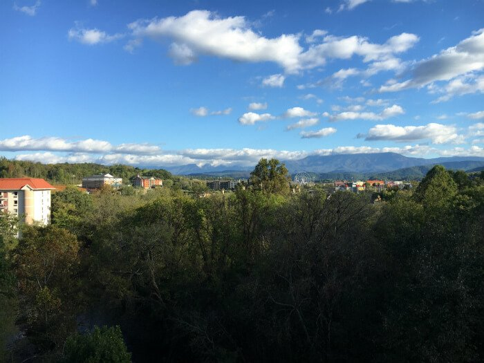 pigeon forge hotel views tennessee