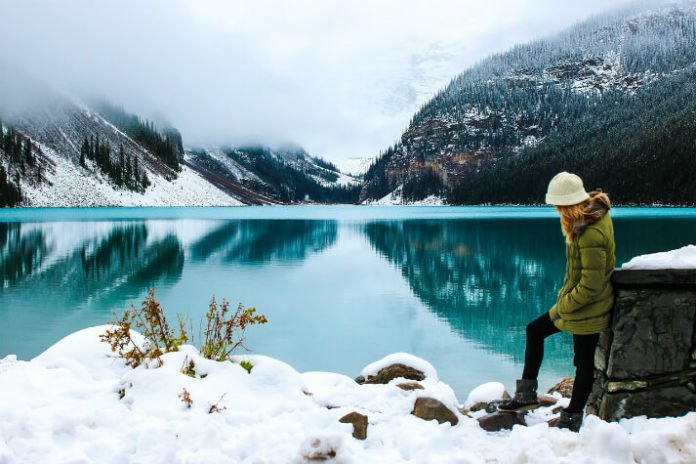 Save 10 on canadian rockies winter wonderland tour for Best winter vacation deals