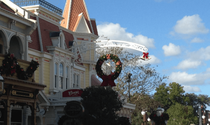 Discounted Disney World Boulder Ridge Villa at Disney World during Christmas week