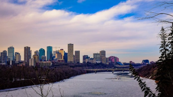 Edmonton Alberta hotel deal discounted prices