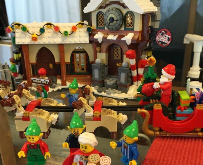 See LEGOLAND California's LEGO Santa, reindeer & Christmas tree & holiday shows & save money on tickets