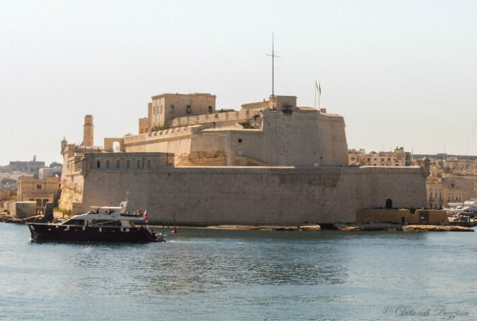Save up to 50% on Malta restaurants, museums, tours, boat rides, cruises, aquarium,