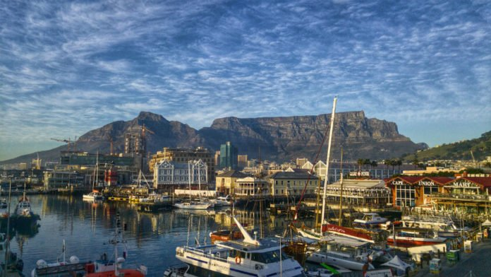 Radisson Blu Cape Town Waterfront hotel discounts 20% off