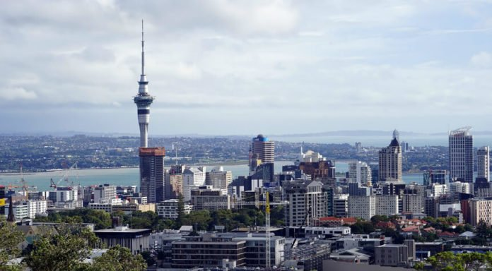 30% off luxurious Sofitel Auckland Viaduct Harbour Hotel in New Zealand