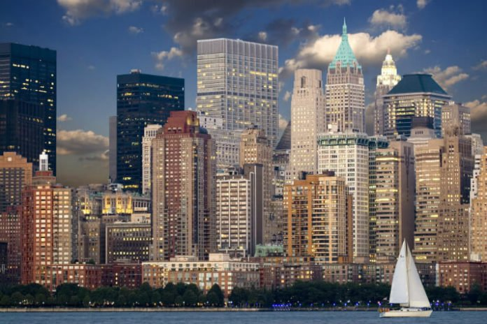 Sweepstakes for roundfare airfare for 4 & hotel stay in New York City