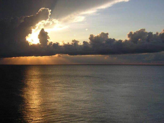 Save money with Caribbean cruise deals out of Galveston see Cozumel Yucatan Costa Maya Mexico & Roatan Honduras