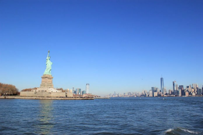 Save 20% on Christmas Eve Brunch on Spirit of New York in NYC