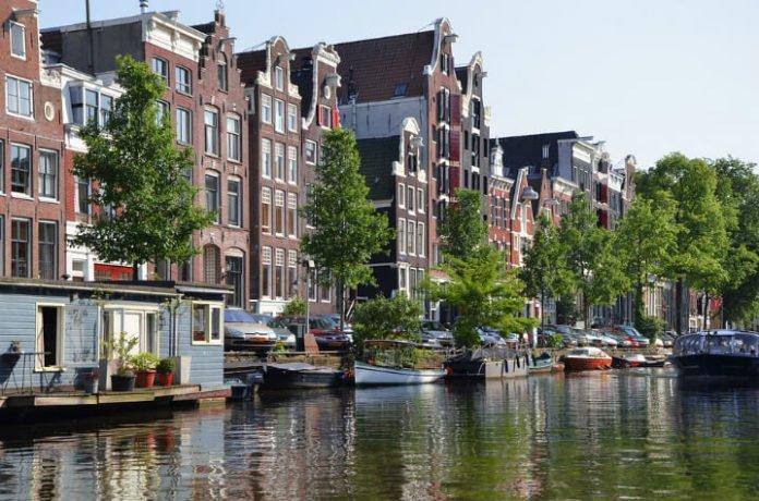 Amsterdam hotel deals Hilton, Hampton, Doubletree, Waldorf Astoria