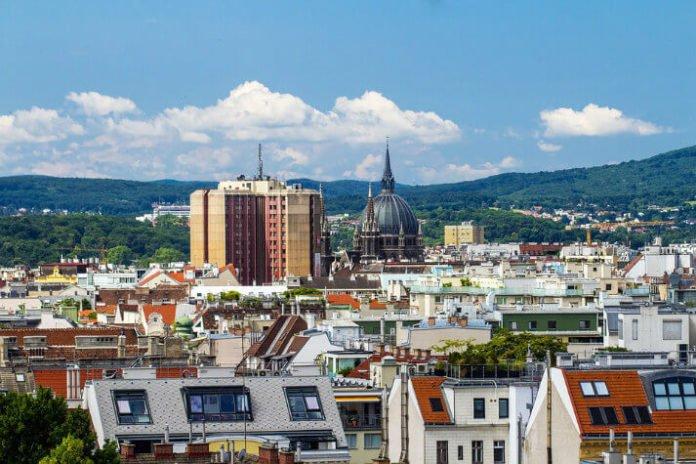 Vienna Austria Hilton hotel sale save 25% off nightly rates