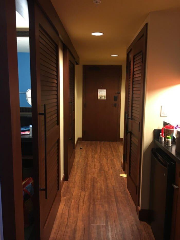 hallway in Polynesian Village Resort hotel room